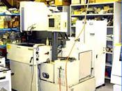 形彫放電加工機